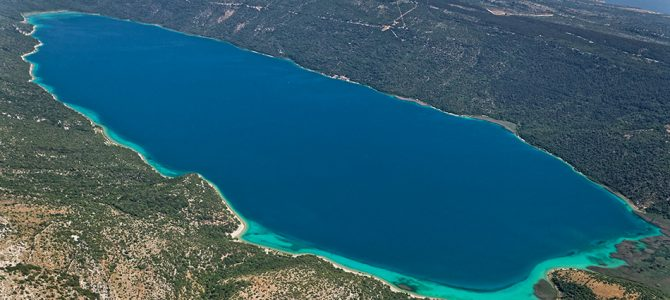 Vransko jezero na Cresu