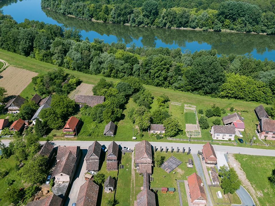 lonjsko polje, sava, poplava, popoalvno područje, selo, Krapje