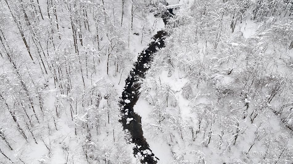 kamačnik, rijeke, gorski kotar, brzaci , zima, snijeg, šuma